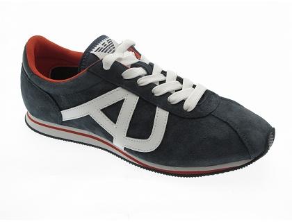 8ee97f67e232 Les baskets basses basket armani r6568 bleu - chaussures homme ...