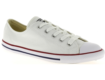 e51d219bee55 Les baskets basses converse chuck taylor all star dainty blanc ...